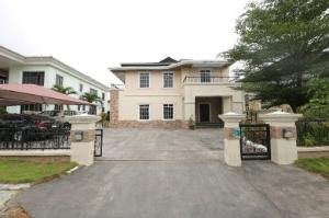 5 bedroom Detached Duplex House for sale Carlton Gate estate off Chevron drive, chevron Lekki Lagos