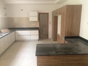 5 bedroom Detached Duplex House for sale Queens street, Northern Foreshore estate, off Chevron drive, Lekki, LAGOS.  chevron Lekki Lagos
