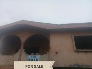 5 bedroom House for sale Giwa-Amu, Airport road  Oredo Edo