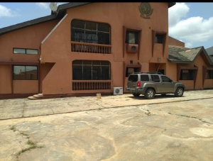 5 bedroom Massionette House for sale Ejigbo Lagos