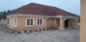 8 bedroom Detached Duplex House for sale Behind Olukayode House, Alagbaka Akure Ondo