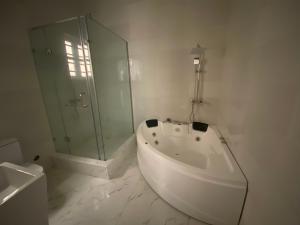 5 bedroom Semi Detached Duplex House for sale chevron Lekki Lagos
