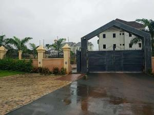 5 bedroom Terraced Duplex House for sale Close to Life Camp Police Station.  Life Camp Abuja