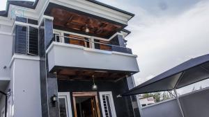 5 bedroom House for sale Chevy view Estate chevron Lekki Lagos - 1