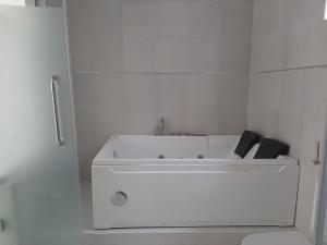 5 bedroom Detached Duplex House for sale Osapa London Off Shoprite ,Lekki Lagos Osapa london Lekki Lagos