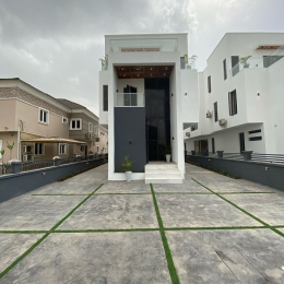 5 bedroom Detached Duplex House for sale victory park Osapa london Lekki Lagos