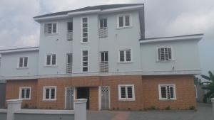 3 bedroom Shared Apartment Flat / Apartment for rent Ilupeju Ikorodu road(Ilupeju) Ilupeju Lagos