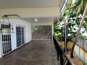 5 bedroom House for rent Creek Crescent Beachland Estate Apapa Lagos