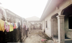 6 bedroom Detached Bungalow House for sale Rumuoaghalo Road, Rumuoaghalo,  Port Harcourt Rivers