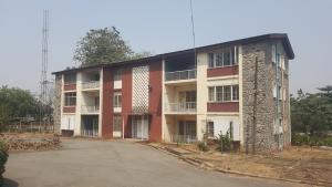10 bedroom Flat / Apartment for rent Jibowu Crescent Iyanganku Ibadan Oyo