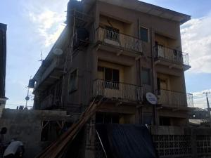2 bedroom Flat / Apartment for sale Lawanson Lagos