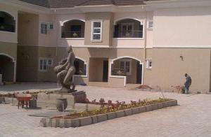 2 bedroom Flat / Apartment for shortlet Dawaki opposite Gwarinpa, Abuja Gwarinpa Abuja