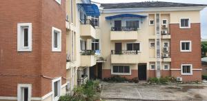 6 bedroom Flat / Apartment for sale Obanikoro Obanikoro Shomolu Lagos