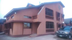 8 bedroom House for sale ayelegun street Ejigbo Ejigbo Lagos