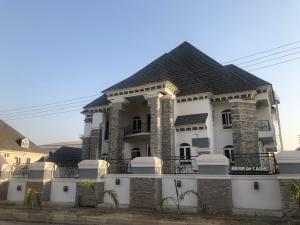 7 bedroom House for sale TUNDE ADENERAL Guzape Abuja