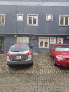 4 bedroom Terraced Duplex House for rent Bokun street Onike Yaba Lagos