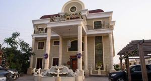 8 bedroom House for sale Banana Island Ikoyi Lagos - 0