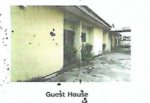 10 bedroom Massionette House for sale Airport Road Oredo Edo