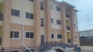 3 bedroom Shared Apartment Flat / Apartment for rent By fish market Kado Abuja