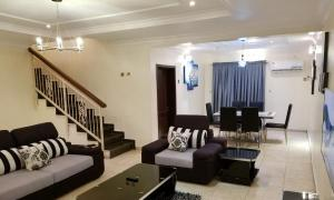 4 bedroom Flat / Apartment for shortlet Off Bishop Oluwole Road Victoria Island Lagos