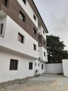 3 bedroom Blocks of Flats House for rent Off Ademola Adetokunbo Victoria Island Lagos