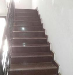 3 bedroom Shared Apartment Flat / Apartment for rent Onike Estate Onike Yaba Lagos