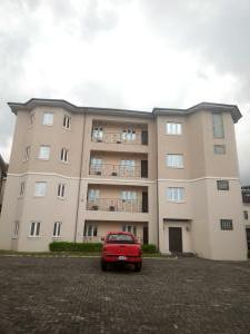 3 bedroom Flat / Apartment for rent Off admiralty Lekki Phase 1 Lekki Lagos