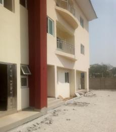 3 bedroom Flat / Apartment for sale Close To Winners Chapel off Road Crossing Next Cash And Carry with Katanpe Extension Express Towards Gwarimpa; Jahi Abuja