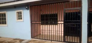 3 bedroom Flat / Apartment for rent Oluyole, Oyo, Oyo Akala Express Ibadan Oyo - 0