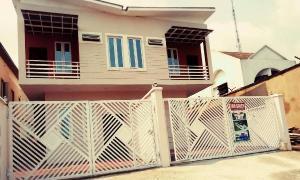 4 bedroom Semi Detached Duplex House for sale Ogundana close; Allen Avenue Ikeja Lagos