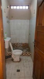 3 bedroom House for rent oyerokun str off western avenue surulere lagos Western Avenue Surulere Lagos
