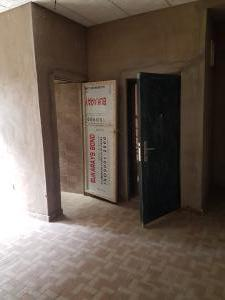1 bedroom mini flat  Mini flat Flat / Apartment for rent Anjorin Street off Cole Street by Olufemi Street  Ogunlana Surulere Lagos