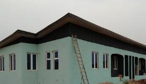 2 bedroom Terraced Bungalow House