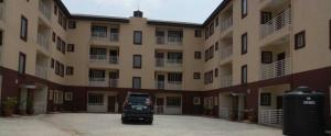 3 bedroom Shared Apartment Flat / Apartment for rent - Mende Maryland Lagos