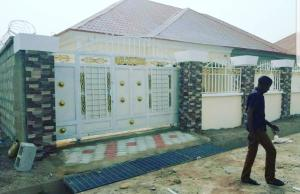2 bedroom Detached Bungalow House for sale trade more  Lugbe Abuja