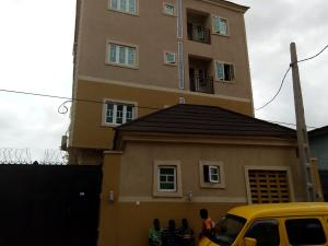 3 bedroom Flat / Apartment for rent Bajulaiye/akoka axis Shomolu Shomolu Lagos