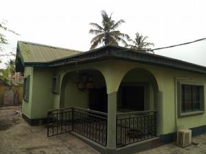 3 bedroom House for sale iyanan iseri Jakande  Estate Isolo, Lagos Isolo Lagos
