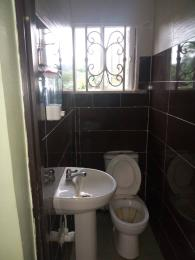 3 bedroom Massionette House for rent Estate Adekunle Yaba Lagos
