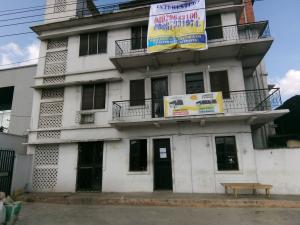 5 bedroom Office Space Commercial Property for rent 30, lkorodu road Jibowu Yaba Lagos