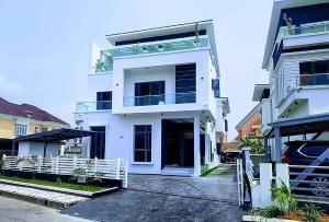 5 bedroom Massionette House for sale Pinnock Beach Estate Lekki  Lekki Lagos