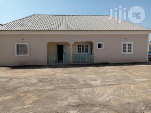 7 bedroom Mini flat Flat / Apartment for sale Matagyi street Kaduna South Kaduna