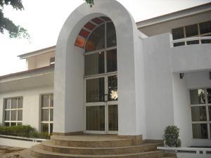 3 bedroom Commercial Property for rent - Adeniyi Jones Ikeja Lagos - 0