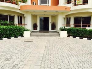 4 bedroom Flat / Apartment for sale Okotie EBOH SW ikoyi  Ikoyi S.W Ikoyi Lagos