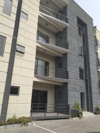 3 bedroom Shared Apartment Flat / Apartment for sale Location: off ajose adeogun street Victoria island Victoria Island Lagos