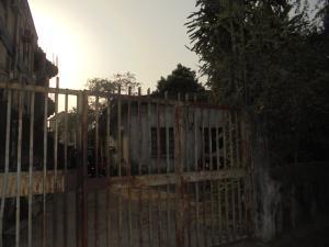3 bedroom Blocks of Flats House for sale 12, Akobi Crescent Surulere Lagos. Ijesha Surulere Lagos