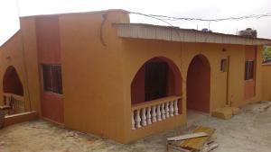3 bedroom Flat / Apartment for rent  Palm view estate, olokomeji, by kola bus stop Ifo Ogun