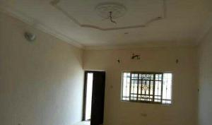 3 bedroom Shared Apartment Flat / Apartment for rent Spg road Ologolo Lekki Lagos