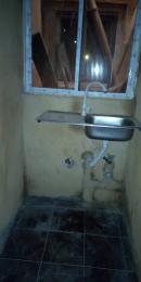 1 bedroom mini flat  Self Contain Flat / Apartment for rent Akinsoji axis  Jibowu Yaba Lagos