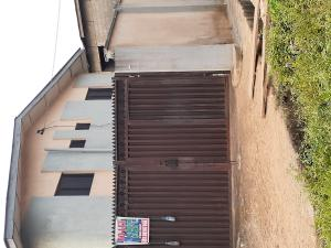 3 bedroom Flat / Apartment for rent Bolarinwa Street, Olakunle bus stop, Ikotun  Abaranje Ikotun/Igando Lagos