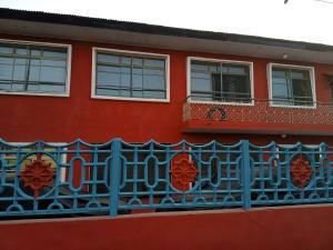 3 bedroom Flat / Apartment for rent OFF PEDRO ROAD, LADILAK BSTOP, SOMOLU Shomolu Shomolu Lagos